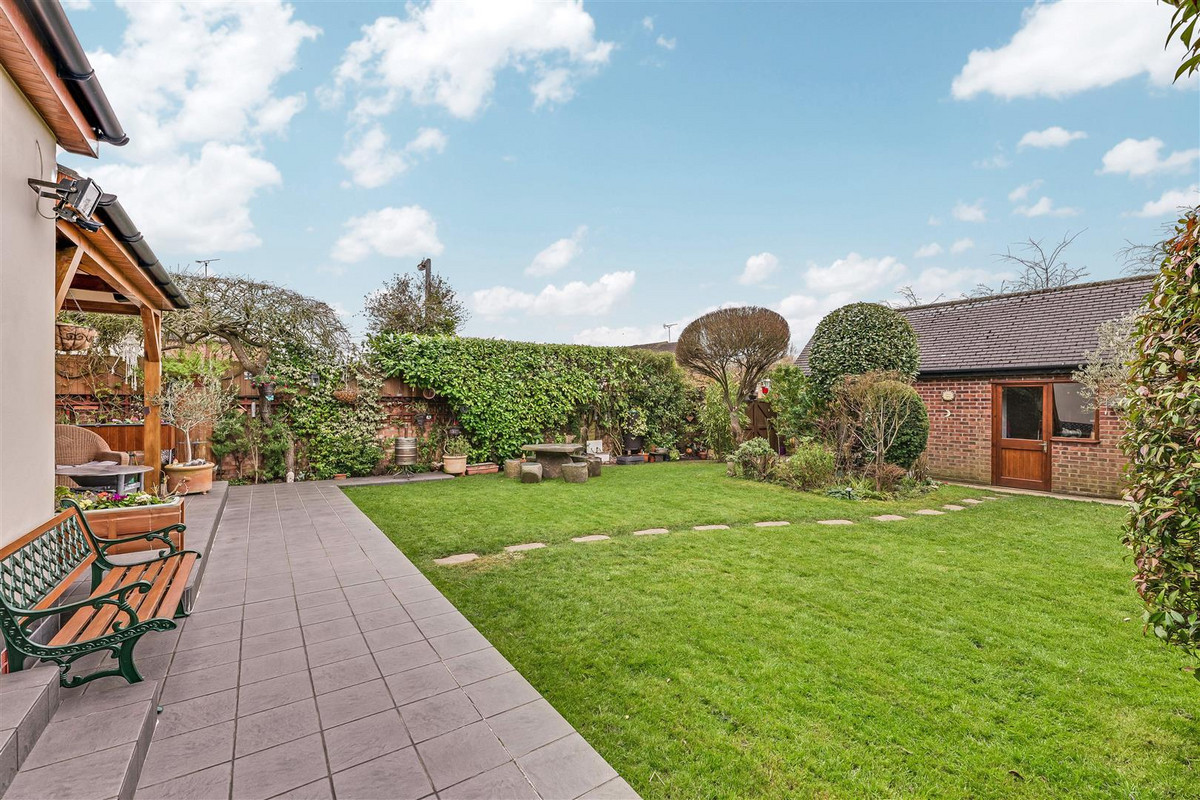 Image 1 of Hawkwell Park Drive, Hockley, SS5