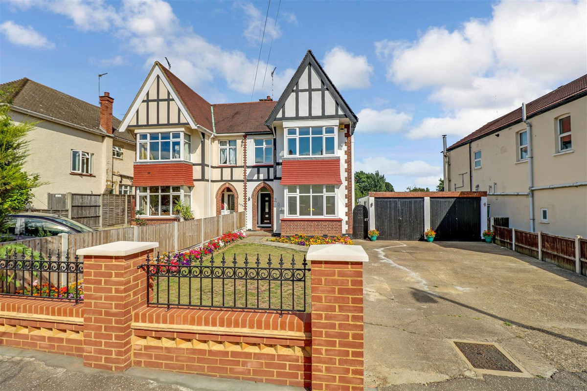 Southbourne Grove, Westcliff-on-sea, SS0