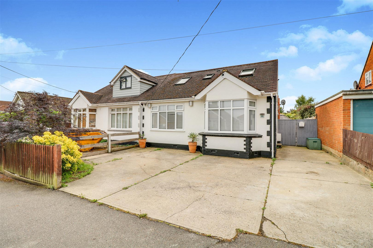 Image 1 of The Avenue, Benfleet, SS7