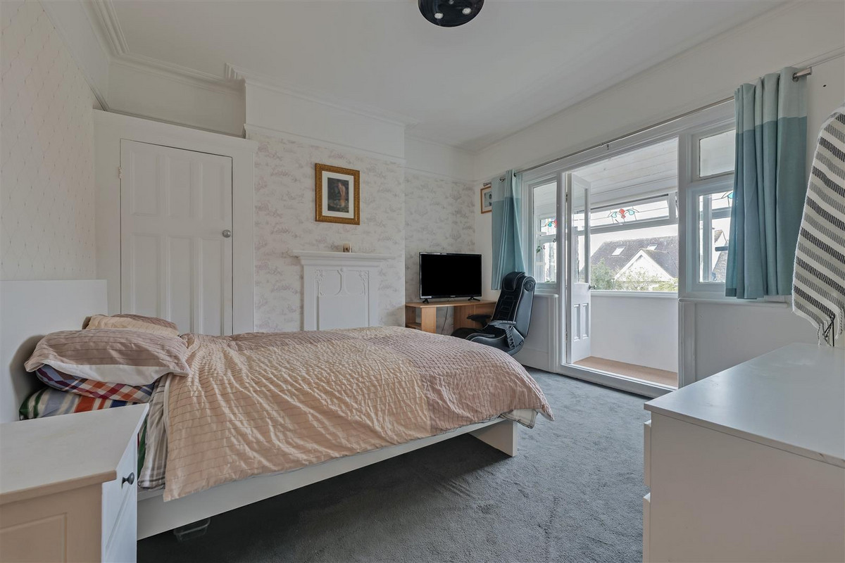 Image 1 of Hillside Crescent, Leigh-on-sea, SS9