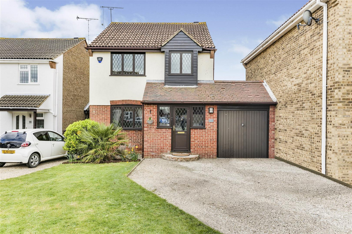 Image 1 of Byfield, Leigh-on-sea, SS9