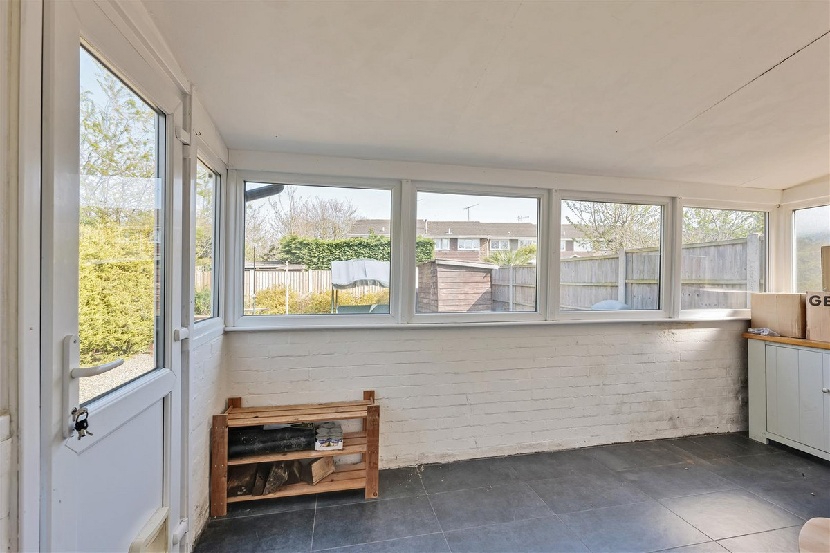Image 1 of Pargat Drive, Leigh-on-sea, SS9