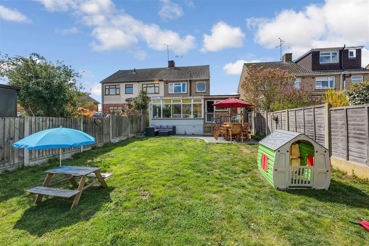 Image 1 of Bramfield Road West, Rayleigh, SS6