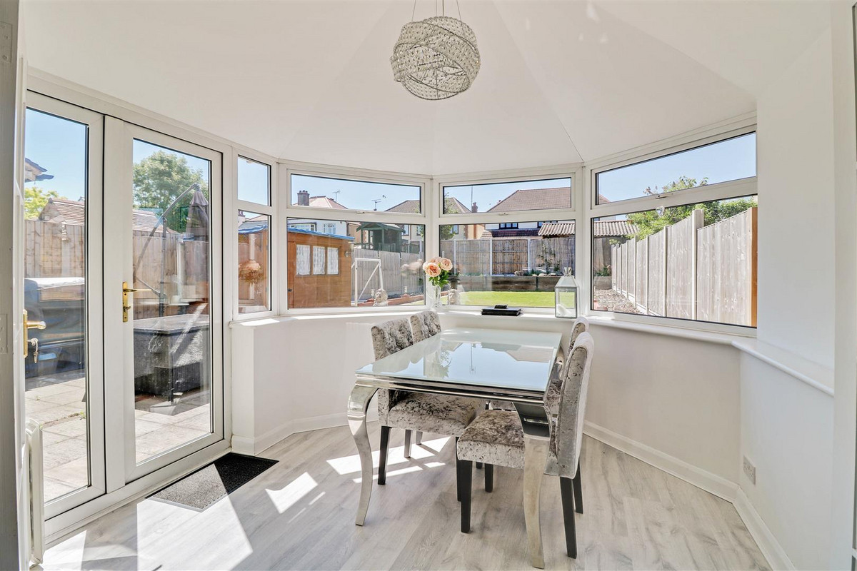 Image 1 of Scarborough Drive, Leigh-on-sea, SS9
