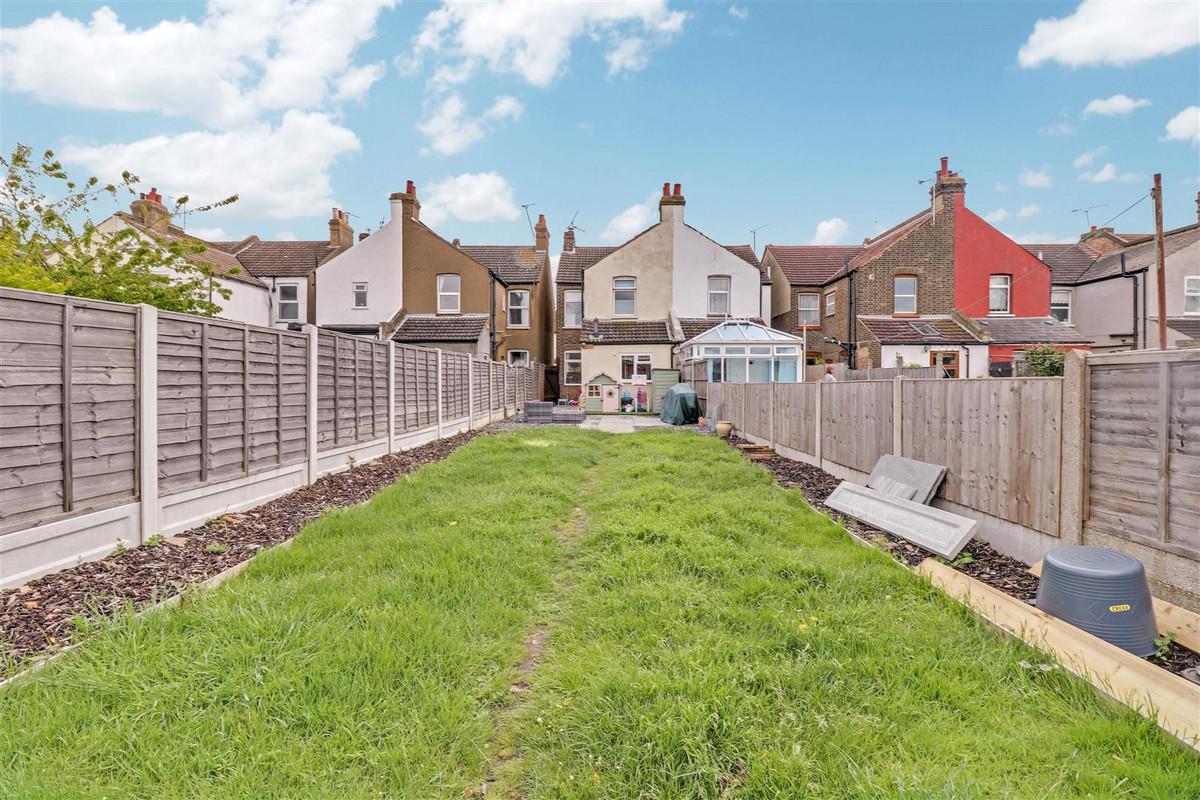 Image 1 of Wakering Avenue Shoeburyness, Southend-on-sea, SS3