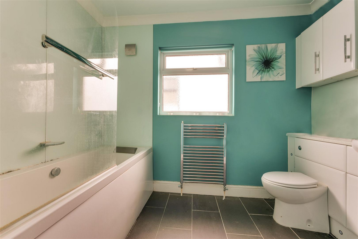 Image 1 of Carlingford Drive, Westcliff-on-sea, SS0