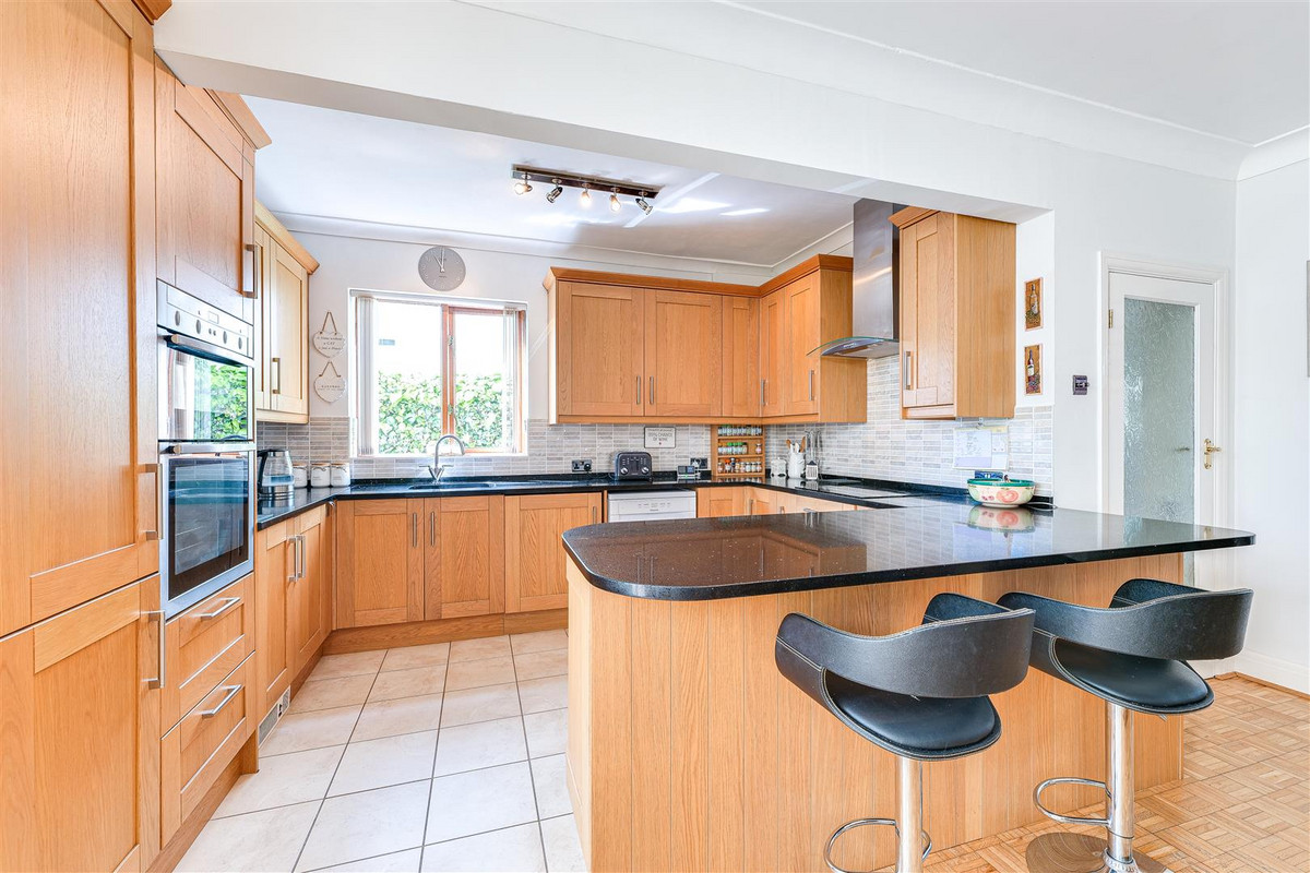 Image 1 of Westbourne Grove, Westcliff-on-sea, SS0