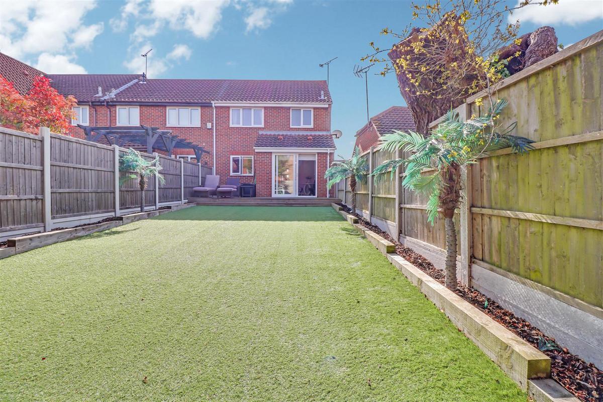 Image 1 of Denham Vale, Rayleigh, SS6