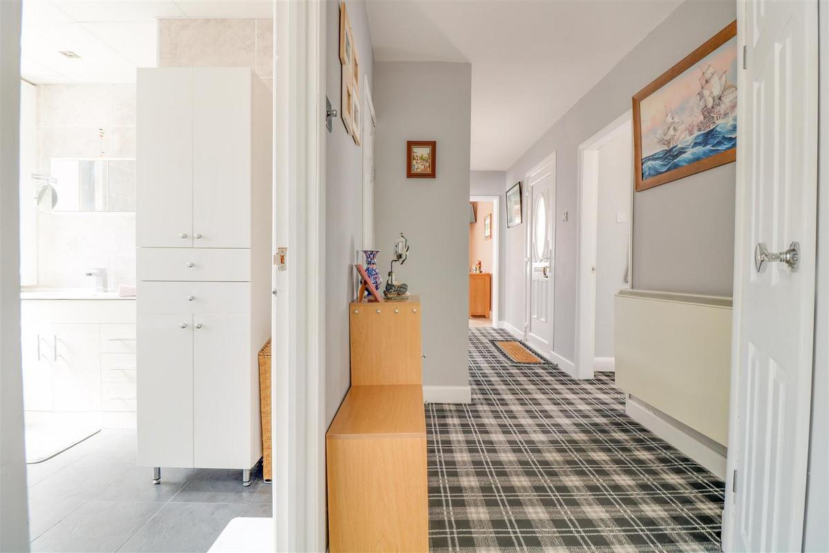 Image 1 of Nursery Close, Rayleigh, SS6