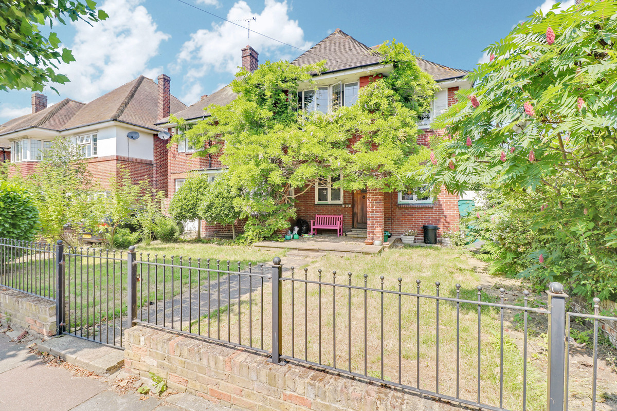Image 1 of St. Vincents Road, Westcliff-on-sea, SS0