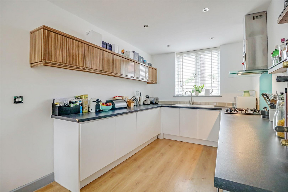 Image 1 of Canewdon Road, Westcliff-on-sea, SS0