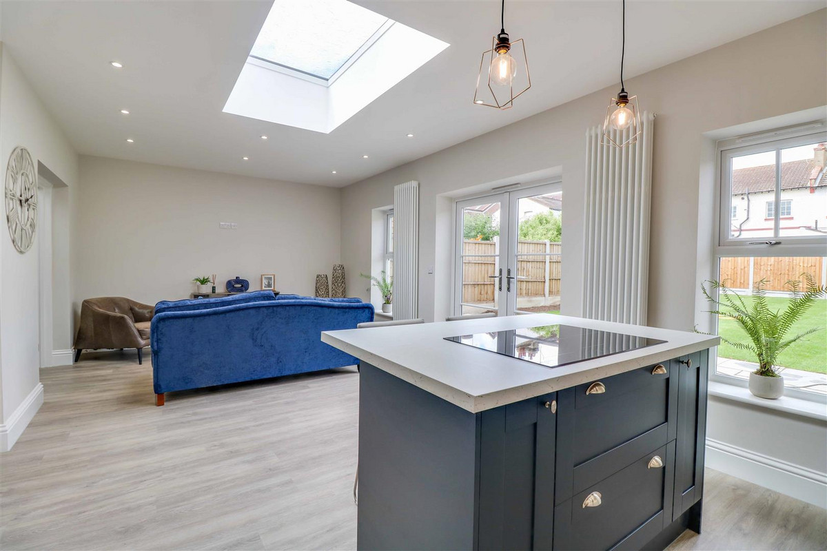 Image 1 of Southview Drive, Westcliff-on-sea, SS0