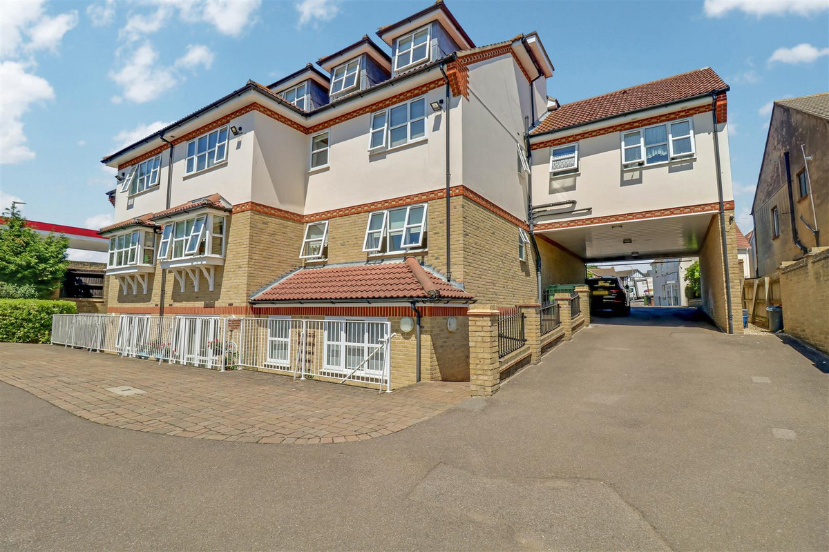 Image 1 of Rayleigh Road, Leigh-on-sea, SS9