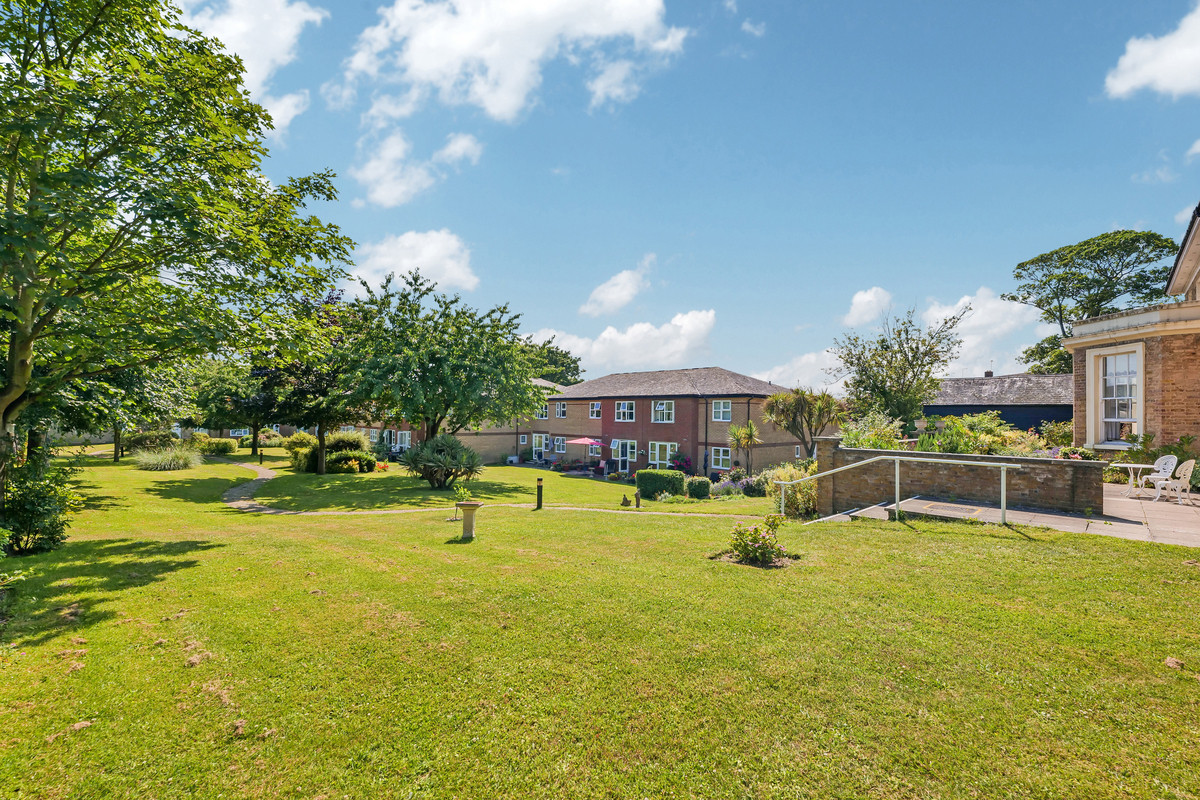 Image 1 of Southchurch Rectory Chase, Southend-on-sea, SS2