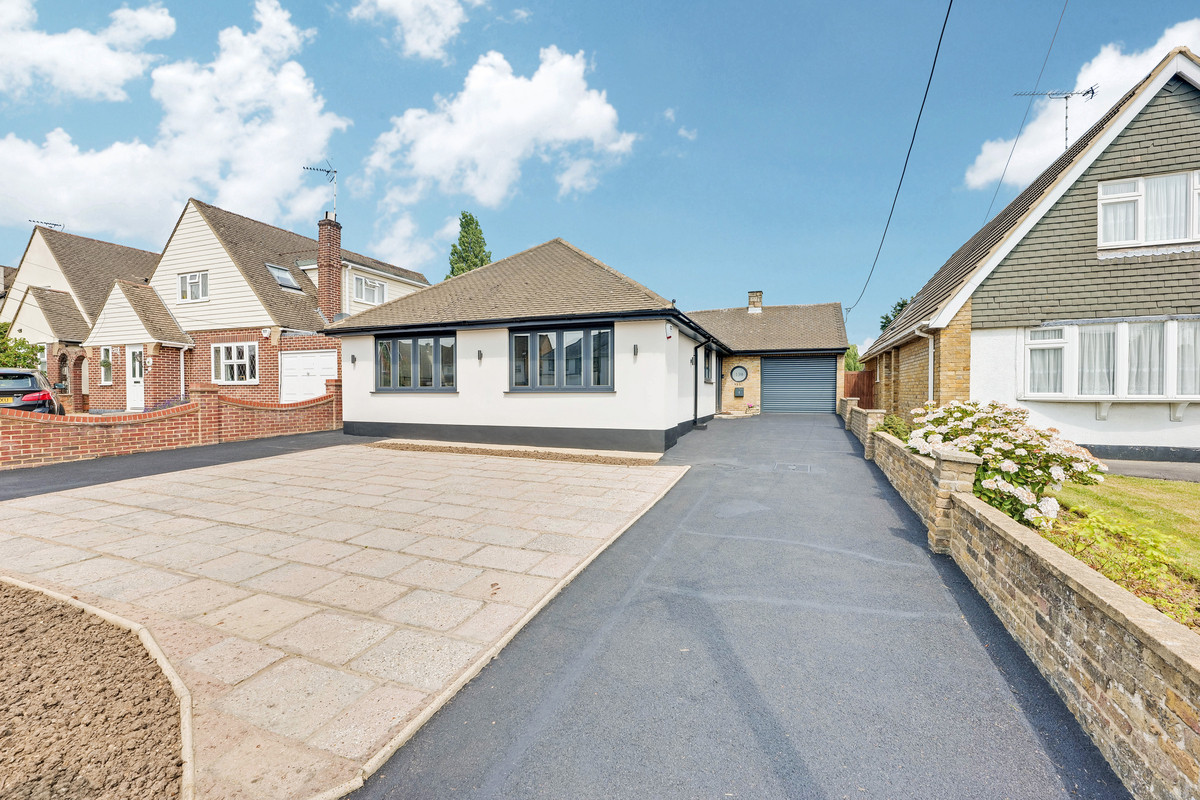 Image 1 of Bull Lane, Rayleigh, SS6