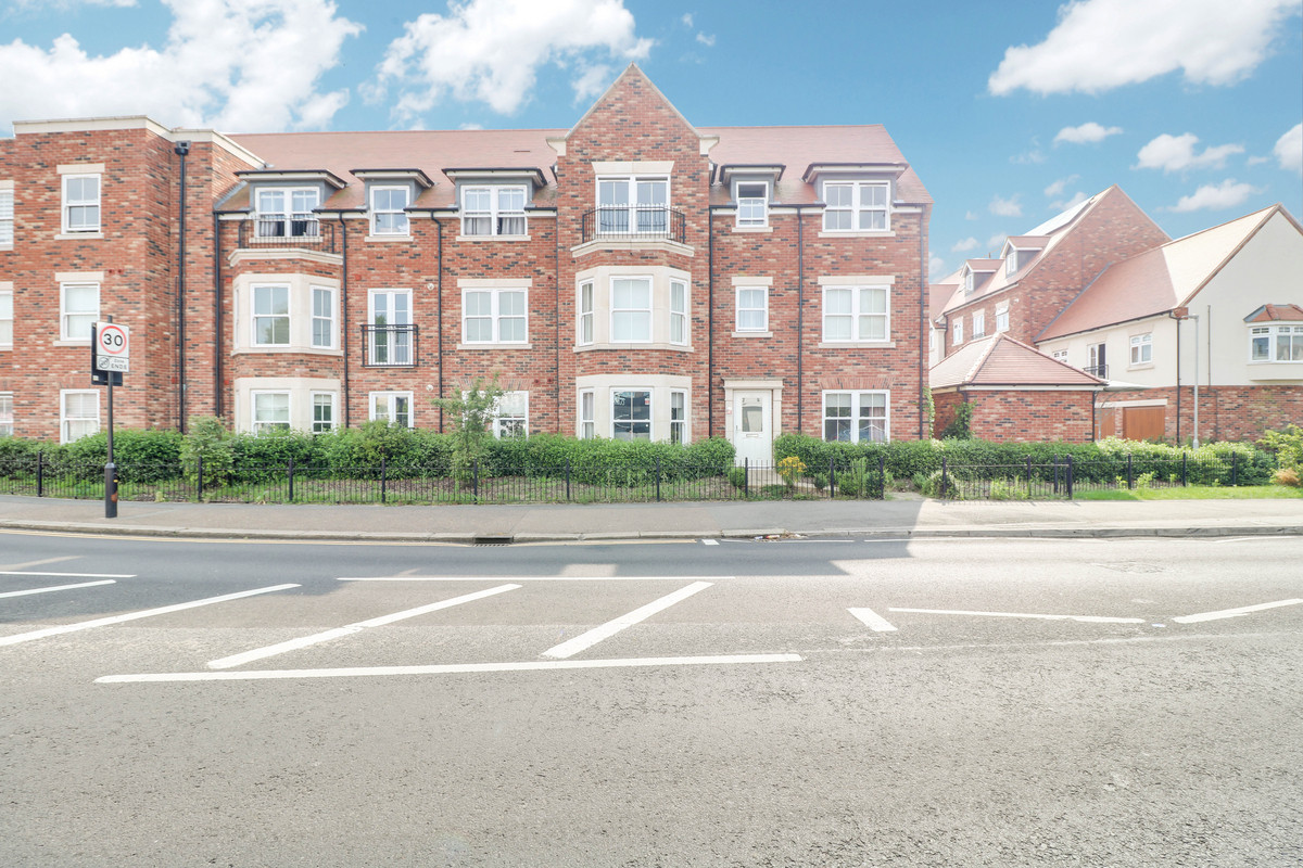 Image 1 of Albany Court, Leigh-on-sea, SS9
