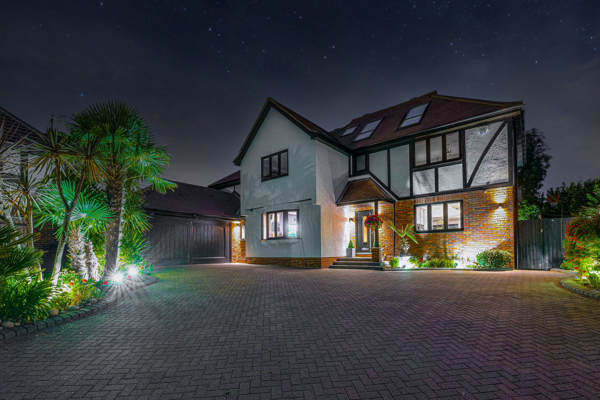 Image 1 of Kent Green Close, Hockley, SS5