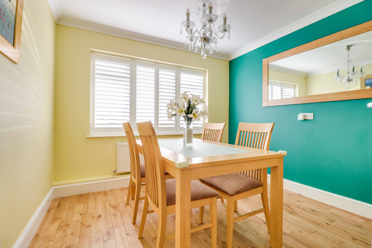 Image 1 of Bellhouse Crescent, Leigh-on-sea, SS9