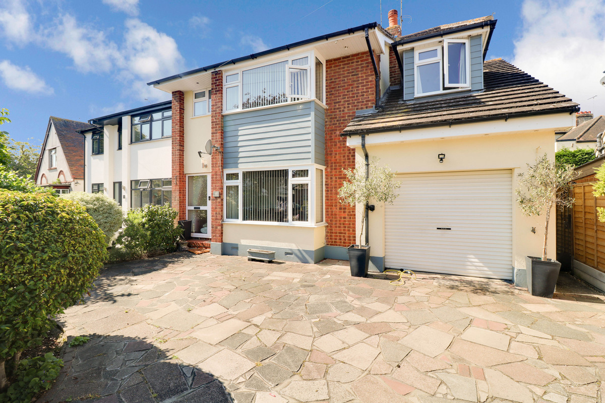 Image 1 of Crescent Road, Leigh-on-sea, SS9
