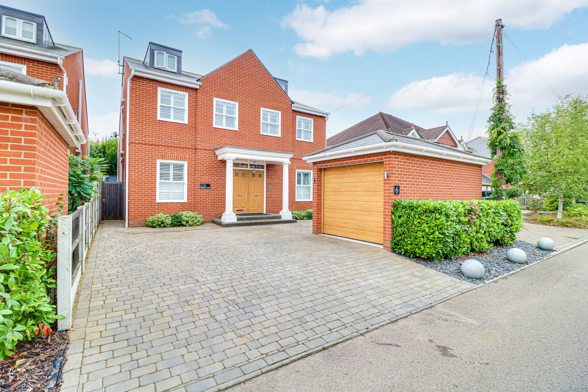 Image 1 of Hillside Road, Leigh-on-sea, SS9