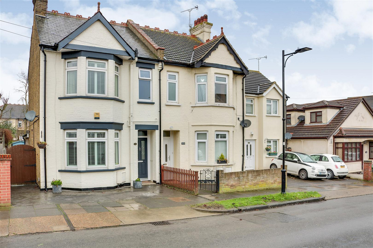 Image 1 of St. Clements Avenue, Leigh-on-sea, SS9