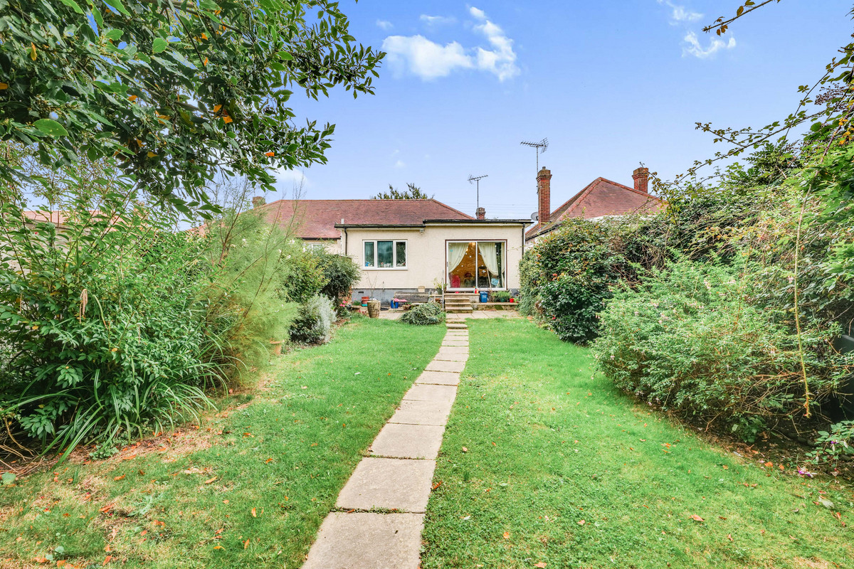 Image 1 of Park Avenue, Leigh-on-sea, SS9
